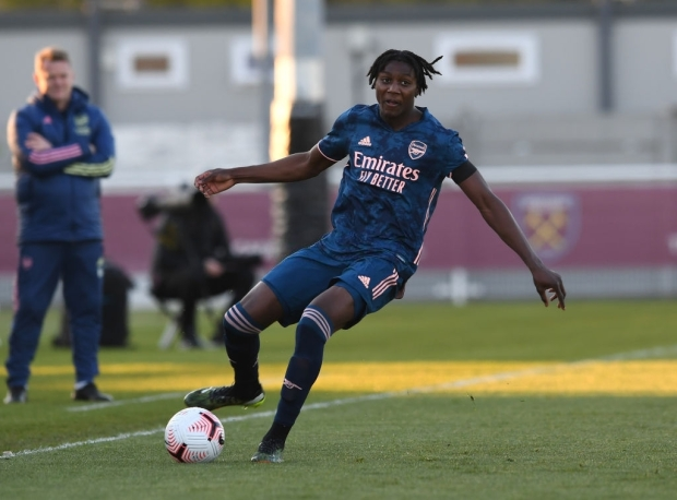 ROMFORD, ENGLAND - APRIL 16: Brooke Norton-Cuffy of Arsenal during the FA Youth Cup match between West Ham United U18 and Arsenal U18 at Rush Green on April 16, 2021 in Romford, England. (Photo by David Price/Arsenal FC via Getty Images)